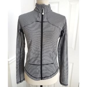 Lululemon Forme Gingham Print Jacket Black White